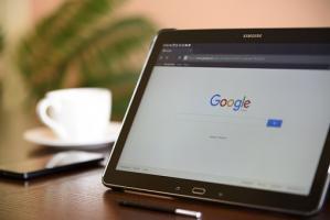 Jaki sprzęt potrzebny jest do prowadzeniu e-biznesu